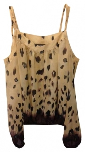 Preload https://img-static.tradesy.com/item/152964/madison-paige-beige-animal-print-night-out-top-size-8-m-0-0-650-650.jpg