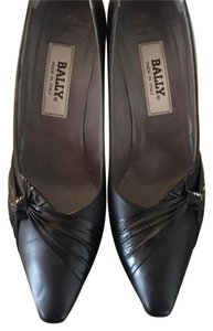 Bally Leather Pointed Toe Black Pumps