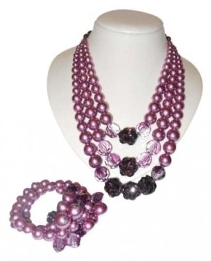 Preload https://img-static.tradesy.com/item/152978/plum-faux-pearl-necklace-and-bracelet-0-0-540-540.jpg