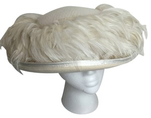 Kookie New York Kokin New York wool, sequin & feather hat