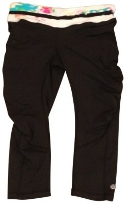 Preload https://item2.tradesy.com/images/lululemon-black-run-for-your-life-activewear-capriscrops-size-6-s-28-152991-0-0.jpg?width=400&height=650