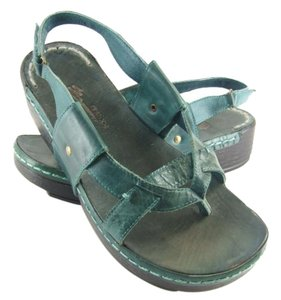 Antelope 80% Off Retail River Leather Sandals