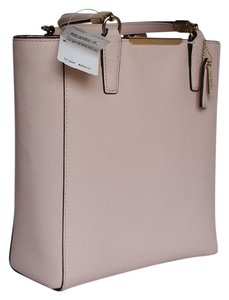 Coach Tote in Pink light
