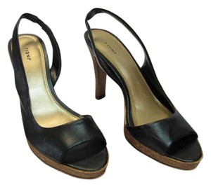 Fioni Size 6.50 M Very Good Condition Black, Neutral Sandals
