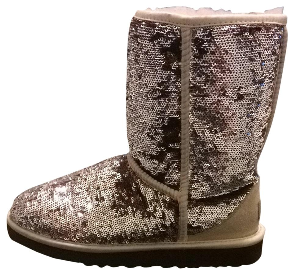 2b90f138ff6 UGG Australia Champagne/Silver Women's Classic Short Sparkle Boots/Booties  Size US 8 Regular (M, B) 40% off retail