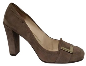 Nine West Suede Gold Hardware taupe Pumps