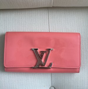 Louis Vuitton Louise LV wallet M61581