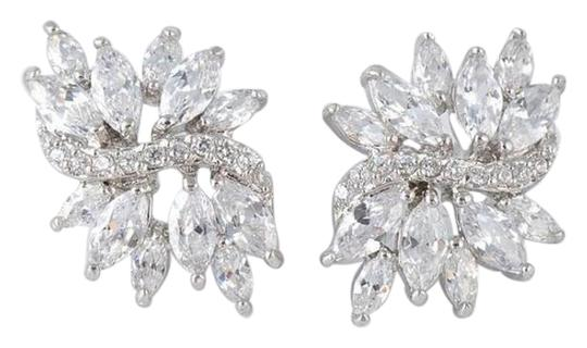 Preload https://item2.tradesy.com/images/rhinestone-silver-and-gold-bridesmaid-earrings-15311236-0-1.jpg?width=440&height=440