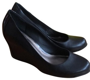 Kenneth Cole Wedges Black Wedges