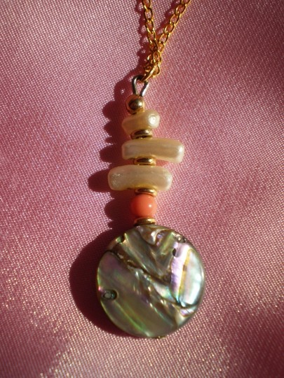 Other Like new Abalone Pearl necklace