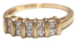 10K CZ YELLOW GOLD RING