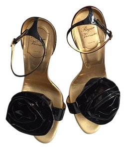 Roger Vivier Rose Patent Gold Black Sandals