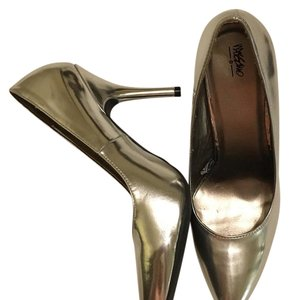 Mossimo Supply Co. Silver Pumps