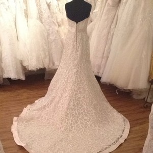 Maggie Sottero Blush Wedding Dress Size 10 (M)