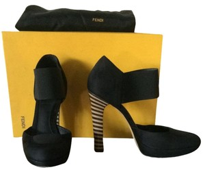 Fendi Black Pumps
