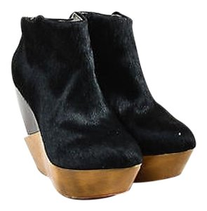 Finsk Brown Pony Hair Black Boots