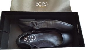 BCBGMAXAZRIA Leather Ballet Black Flats