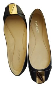 Nine West Gold Hardware Navy/Black Flats