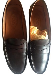 Tod's Driving Classic Womens Brown Loafers Loafers Chocolate Brown Flats
