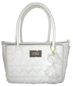 Betsey Johnson Quilted Hearts Fabric Pom Poms Triple Compartment Satchel in white