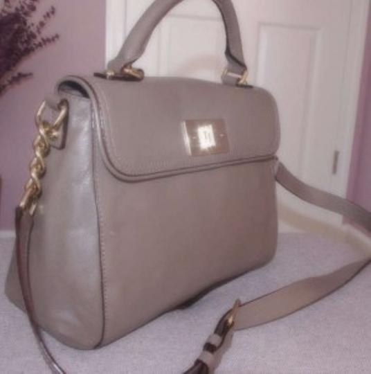 Kate Spade Satchel in sage/taupe