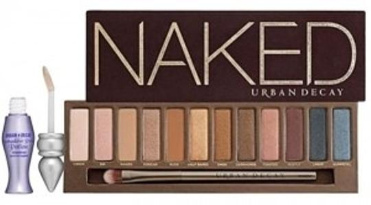 Preload https://item2.tradesy.com/images/urban-decay-neutral-naked-with-primer-153286-0-0.jpg?width=440&height=440