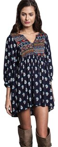 Aris short dress Navy Floral B01ahh9ezm Tunic Bohemian Floral on Tradesy