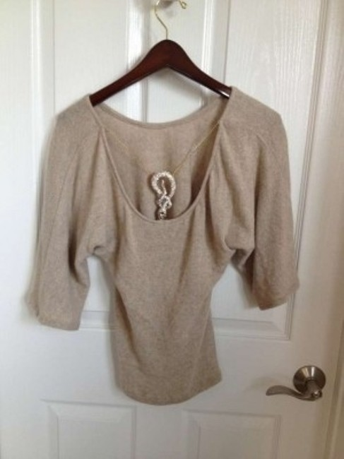 Sky \r\ngold Accent Sweater