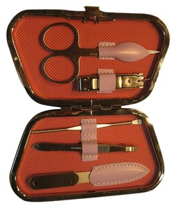 Clear Essence Manicure Set by Clear Essence - [ Roxanne Anjou Closet ]