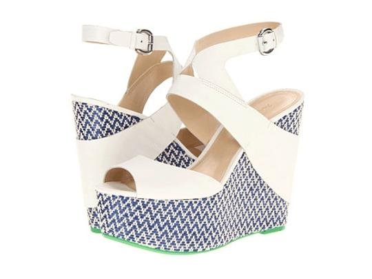Enzo Angiolini White Wedges