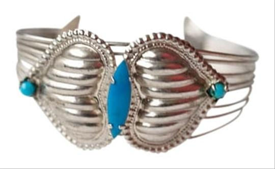 Preload https://item3.tradesy.com/images/vintage-turquoise-bangle-1533162-0-0.jpg?width=440&height=440