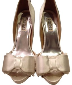 Badgley Mischka Ivory White Platforms