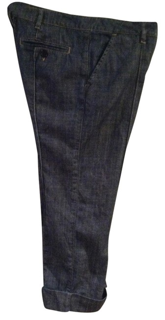 Item - Blue Medium Wash Capri/Cropped Jeans Size 26 (2, XS)