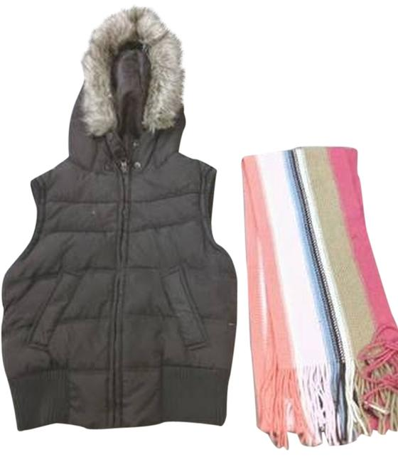 Item - Brown And Scarf Used 1 Time Vest Size 4 (S)