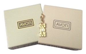 "Avon Vintage Avon Pave Mom Pendant Necklace 16"" New in Box"