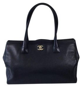 Chanel Cerf Shopper Tote in Black
