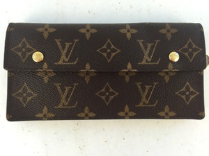 Louis Vuitton Louis Vuitton Monogram fold over wallet