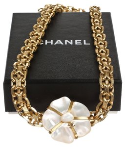 Chanel Chanel Gold Chain Mother of Pearl Belt 01A