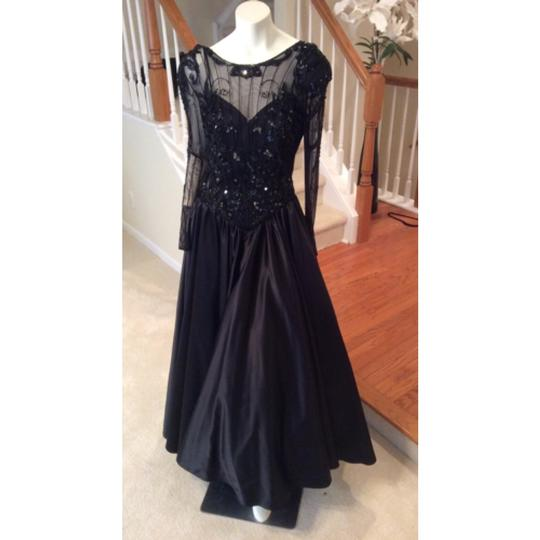 Black Dress Size 8 (M)