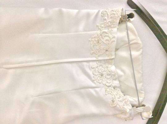 Off- White Silk/ Beading/ Lace Formal Bridesmaid/Mob Dress Size 6 (S) Image 3
