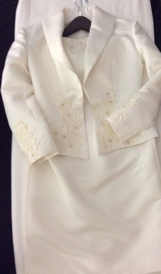 Off- White Silk/ Beading/ Lace Formal Bridesmaid/Mob Dress Size 6 (S) Image 4