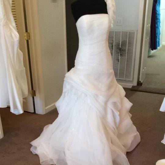 Preload https://img-static.tradesy.com/item/1534624/pronovias-ivory-wedding-dress-size-8-m-0-0-540-540.jpg