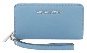 Michael Kors Retired Color Sold Out Wristlet