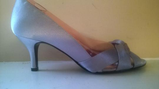 Nina Shoes Silver Crista D'orsay Evening Satin Bridal. Formal Size US 6.5 Regular (M, B) Image 2