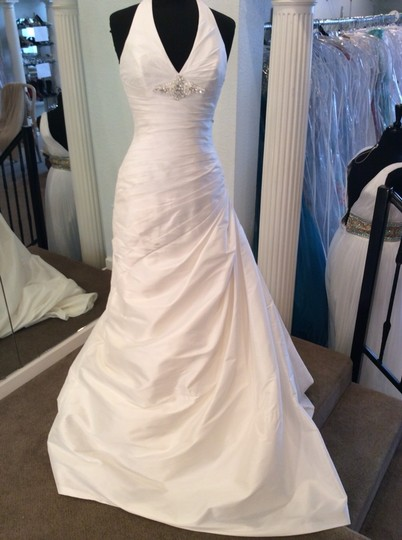 Pronovias Ivory Wedding Dress Size 6 (S)
