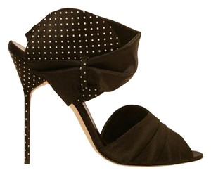Manolo Blahnik Runway Polka Dot Limited Edition Vintage Black White Pumps