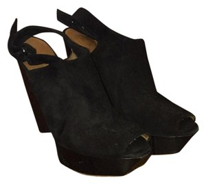 L.A.M.B. Black Wedges