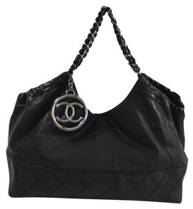 Chanel Coco Cabas Leather Tote in Black