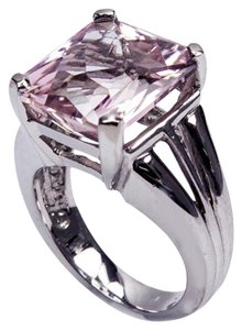 Solitaire Square cut Kunzite Gold Ring