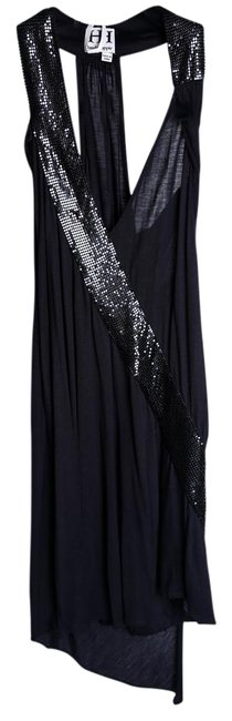 Item - Black * Knee Length Night Out Dress Size 4 (S)